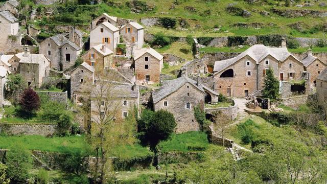 Vue sur le hameau de hauterives