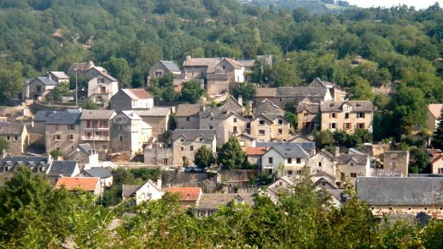 Village lozère auxillac
