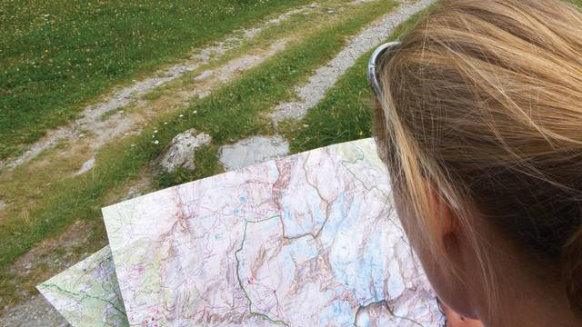 maps and topoguides