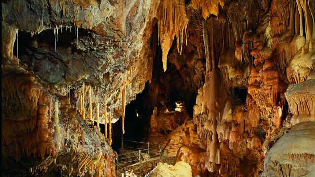 La grotte Dargilan sur le Causse Noir.