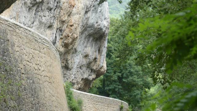 visage roche Gorges du Tarn christ