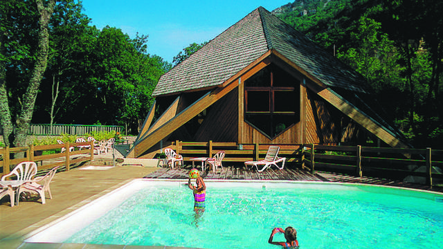 Campings et aires naturelles