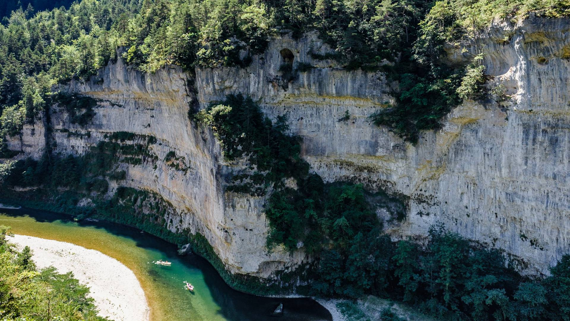 Les falaises des Georges du Tarn.