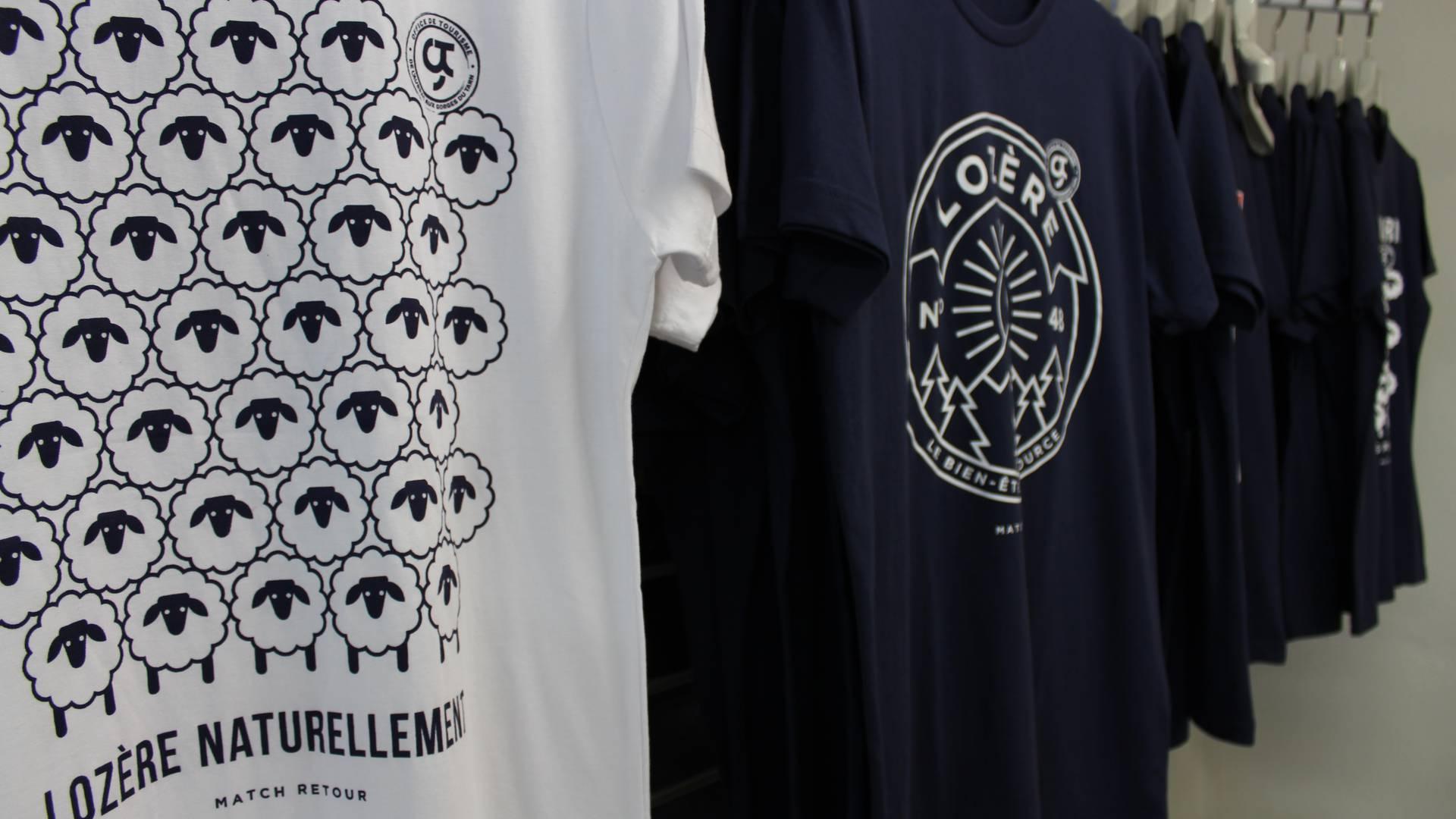 tee shirts souvenirs