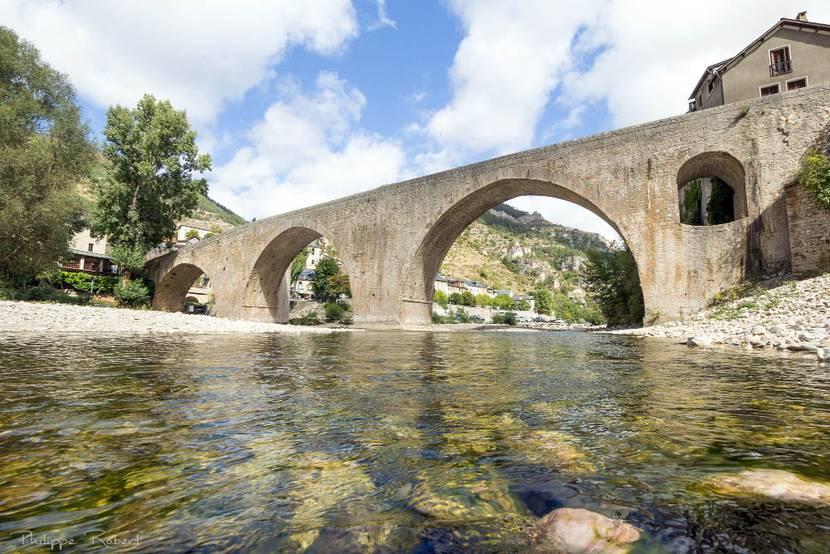 La Malène bridge in the Tarn river Canyon
