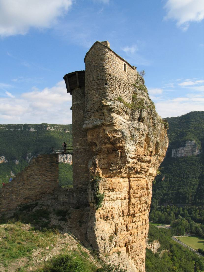 Peyrelade castle on its rocky outcrop