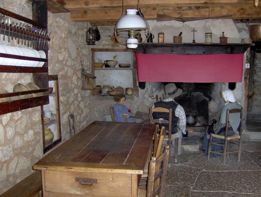 L'intérieur de la ferme Caussenarde d'Autrefois sur le Causse Méjean